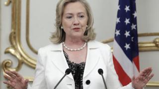 Клинтън се срещна със сирийски дисиденти