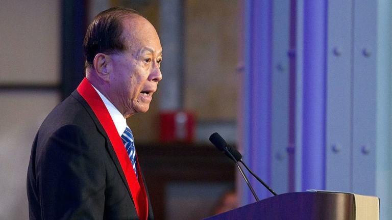 Най-богатият човек в Хонконг Ли Ка-Шинг ще плати таксите за