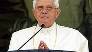Папата призова за освобождение на заложниците по света