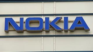 Nokia пое контрол върху Alcatel