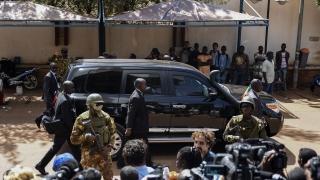 Най-малко 95 души са убити при етническо насилие в Мали