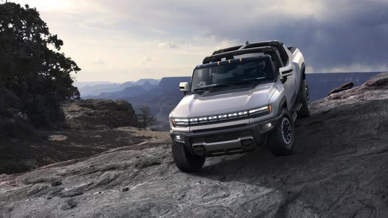 Възроденият Hummer EV - истински звяр на батерия