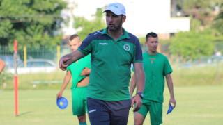 Треньорът на Нефтохимик с откровен разказ за трагичното състояние на бургаския клуб