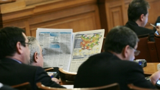 Горанов, Павлова и Бъчварова - най-атакуваните с въпроси министри в парламента