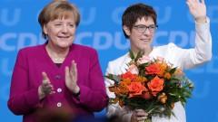 Партията на Меркел подкрепи голяма коалиция със социалдемократите