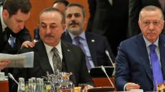 Чавушоглу: Хафтар иска военно решение в Либия