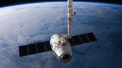 Компанията на Илон Мъск SpaceX с нова мисия. Какво ще прави в Космоса?