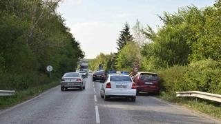 Шофьор на микробус загина на място след сблъсък с ТИР