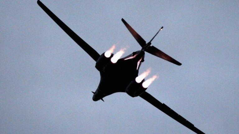 САЩ показват сила с бомбардировачи над Корейския полуостров