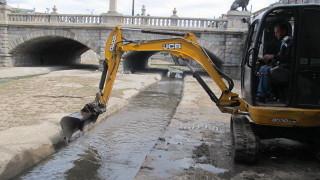 Столичната община има амбицията да почисти 45 км реки