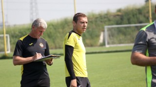 Лъчо Балтанов тренира заедно с юношите на Ботев (Пд)
