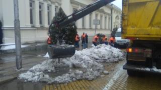 Разчистват снега около парламента за клетвата на Радев