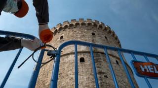 Гърците все повече пренебрегват ограничителните мерки на правителството