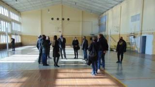 """ММС ще финансира модернизацията на спортен комплекс """"Плиска"""""""