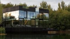 Къщата на езерото