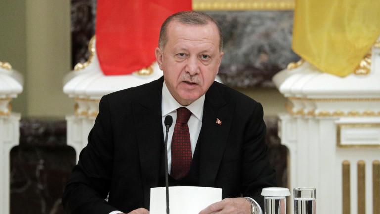 """Ердоган не е готов """"на този етап"""" за конфликт с Русия и ще се обади на Путин"""