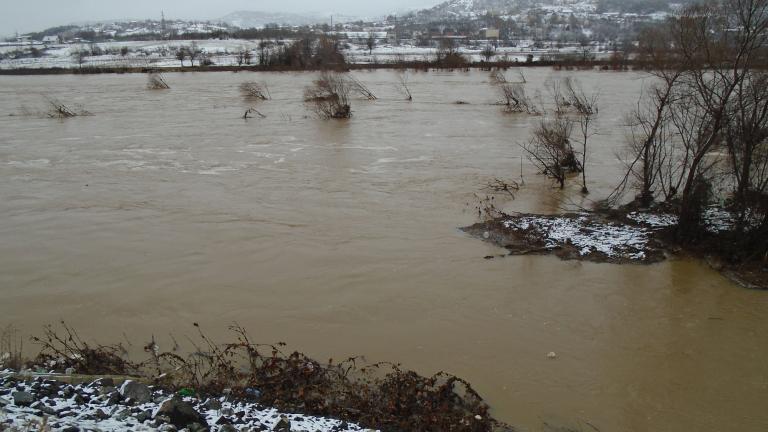 Щети за над 1,5 млн. лева нанесли дъждовете в Рудозем
