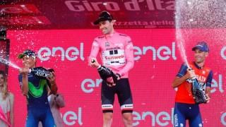 Том Дюмулен спечели стотната колоездачна обиколка на Италия