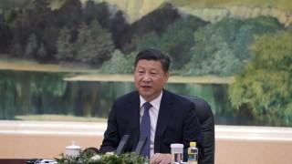 Си Дзинпин: САЩ се месят в Китай