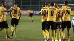 """""""Жълто-черен"""" обрат помогна на Ботев (Пд) за триумф в група """"Б"""""""