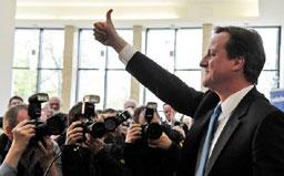 """Великобритания се събуди с """"висящ парламент"""""""