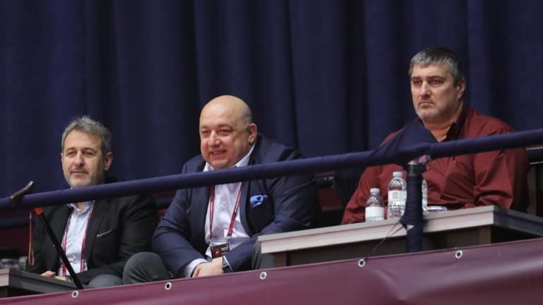 Министърът на младежта и спорта Красен Кралев поздрави българските боркини