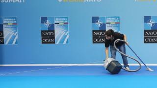 Македония започва официално преговори за членство в НАТО