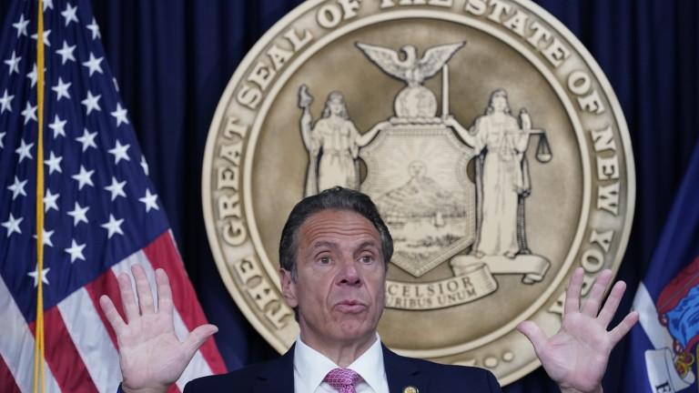 Секс скандалът в Ню Йорк се разраства
