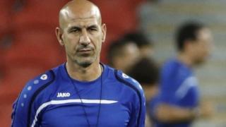 Още едно треньорско уволнение преди световните квалификации