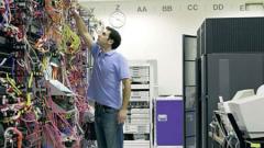 Hewlett-Packard съкращава 24 600 работни места, но не и в България