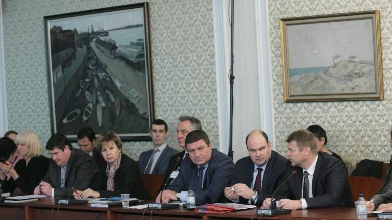 """""""Феноменът"""" Марешки е проблем на държавата, не наш, заявяват от Петролната и газова асоциация"""
