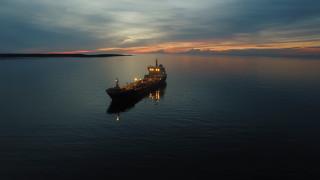 САЩ конфискува четири плавателни съда, превозващи бензин от Иран за Венецуела
