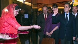 Изгониха туристи от Тадж Махал заради Саркози