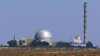 Ирак заплаши да съди Израел за бомбардирането на негов ядрен реактор през 1981-а