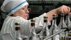 С 30% вдигат цената на водката в Русия