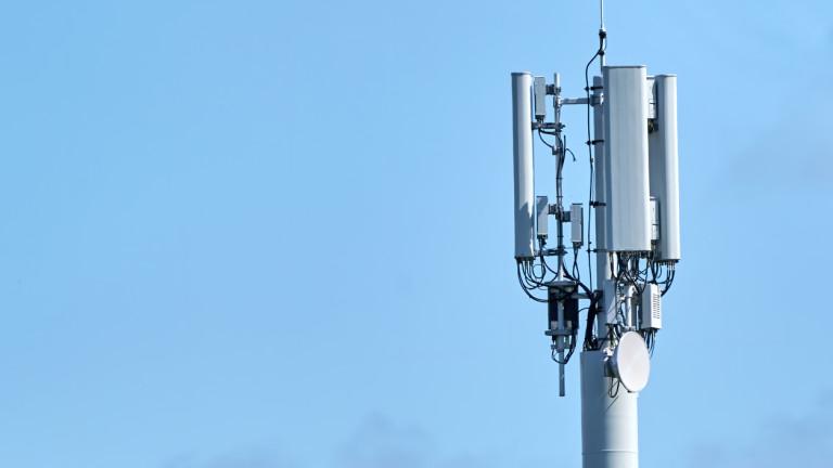 Собственикът на Теленор България и bTV поема пълен контрол над чешкия си мобилен оператор
