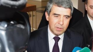 Плевнелиев скастри Радев, че разединява ЕС заедно с Путин