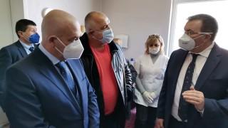 Мутафчийски: Само в България се води полемика коя ваксина е по-добра