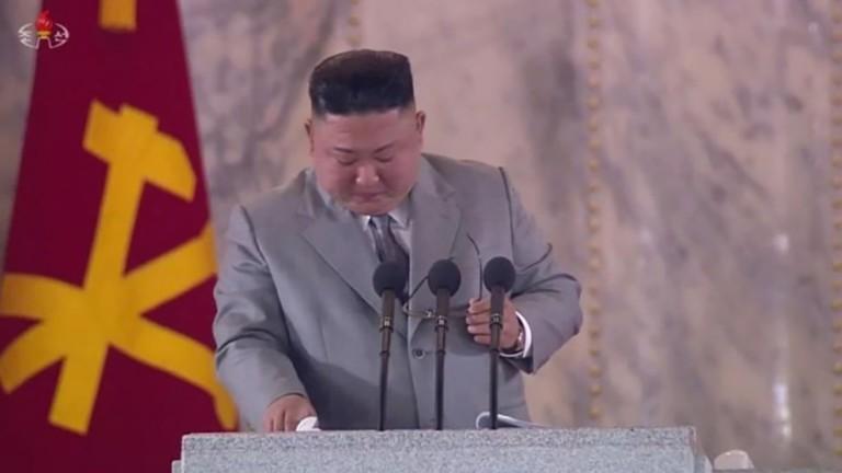 Ким Чен-ун през сълзи пред севернокорейците: Прощавайте, че се провалих