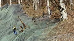 Подпорната стена на срутищата по пътя за Рилския манастир е почти готова