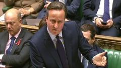 Камерън убеждава парламента да позволи въздушни удари в Сирия