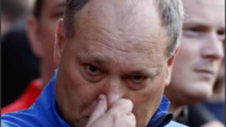 Мартин Йол няма да подава оставка