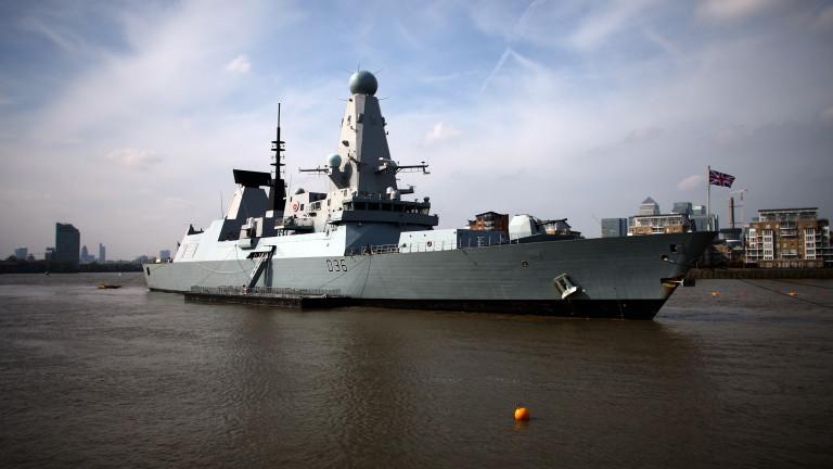 Британските военни обвиниха Русия в лъжа - не била стреляла срещу разрушителя в Черно море