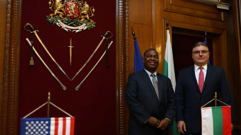 Българо-американското взаимодействие за модернизацията на българските въоръжение сили, сътрудничеството в