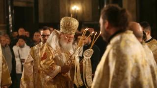 Патриарх Неофит отслужи празнична литургия за Рождество Христово