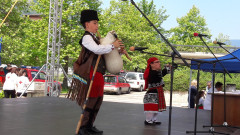 С три лъча гайдари започна фестивалът  в Смолян за хора със специални потребности