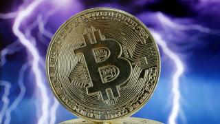 Bitcoin с нов спад, една голяма икономика заплаши да затвори криптоборсите