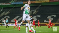 Гладбах надви Кьолн в отложен мач от Бундеслигата