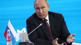 Москва не смята да спира доставките на петрол за Пхенян. Путин призовава за дипломация