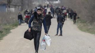 Съд в Германия: Бежанци не могат да бъдат върнати в Гърция